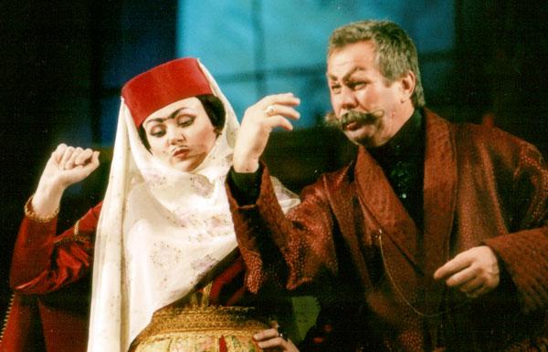 Афиша театров в Белгороде: «Ханума» на сцене БГАДТ им. Щепкна
