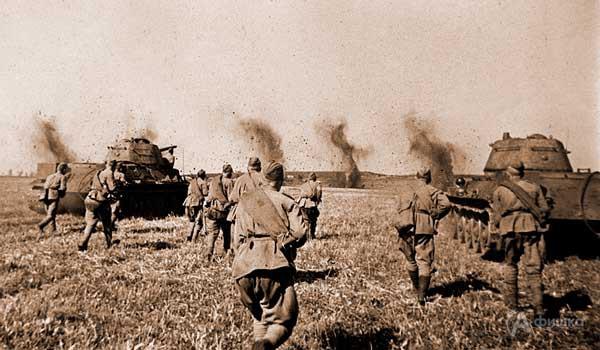 Фотовыставка «Курская битва: Знать и помнить!» у музея-диорамы: Афиша выставок в Белгороде