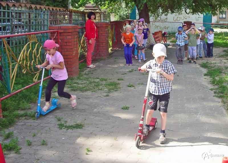 День здоровья «Чтобы лучше развиваться, надо спортом нам заняться»: Детская афиша Белгорода