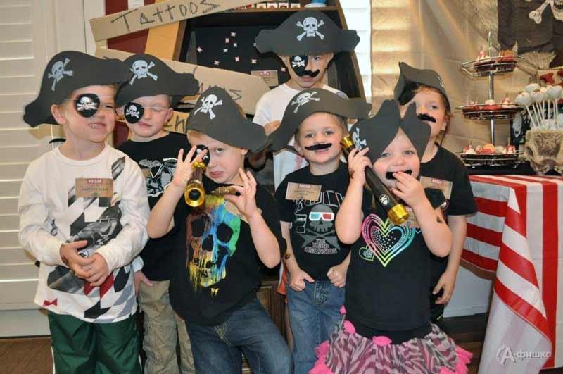 «Вечеринка пиратов» встудии «СэндПРО»: Детская афиша Белгорода