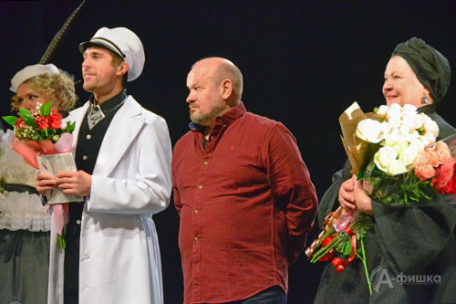 8 марта в Белгородском государственном академическом драматическом театре имени М.С. Щепкина состоялась премьера спектакля «Волки и овцы» в постановке Александра Кузина