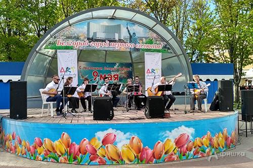 Музыкальная программа IV Арт-фестиваля собрала разнообразные по стилю коллективы