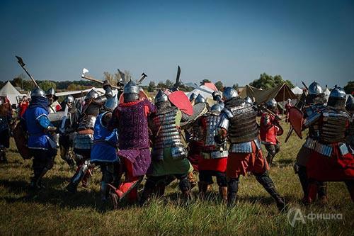 НаКуликово поле съезжаются приверженцы ратных боев