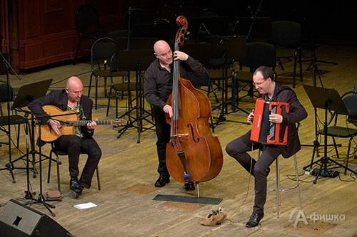 Совершенным чудом для гостей фестиваля было выступление французского трио Ludovic Beier Trio