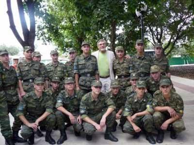 Творческий вечер Александра Михайлова в Белгороде: с солдатами войсковой части 27-898