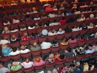 Творческий вечер Александра Михайлова в Белгороде: зал был заполнен до отказа