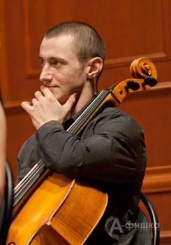 Валерий Михайлов (виолончель)